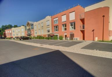 Location appartement St Cyr en Val • <span class='offer-area-number'>66</span> m² environ • <span class='offer-rooms-number'>3</span> pièces