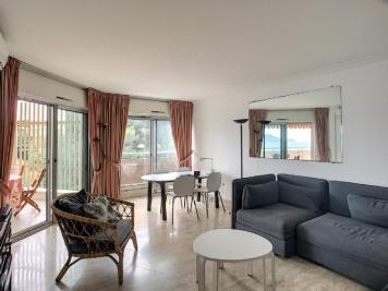 Vente appartement Cannes • <span class='offer-area-number'>56</span> m² environ • <span class='offer-rooms-number'>2</span> pièces