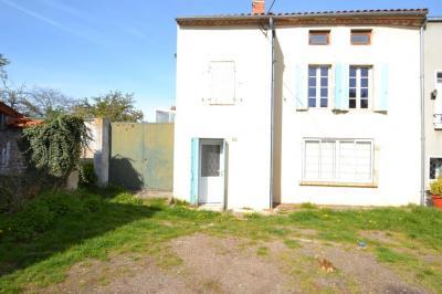 Vente maison Gannat • <span class='offer-area-number'>78</span> m² environ • <span class='offer-rooms-number'>4</span> pièces