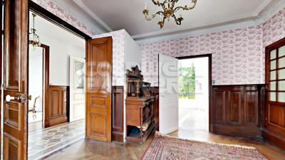 Achat maison Fontainebleau • <span class='offer-area-number'>223</span> m² environ • <span class='offer-rooms-number'>11</span> pièces