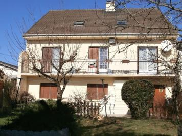 Vente maison Tremblay en France • <span class='offer-area-number'>209</span> m² environ • <span class='offer-rooms-number'>10</span> pièces
