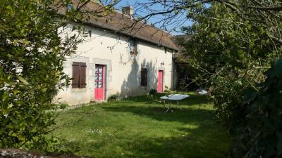 Achat maison Fresnay sur Sarthe • <span class='offer-area-number'>124</span> m² environ • <span class='offer-rooms-number'>7</span> pièces