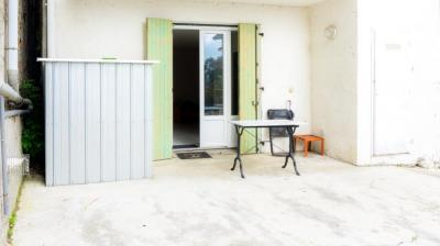 Achat appartement Nay • <span class='offer-area-number'>24</span> m² environ • <span class='offer-rooms-number'>1</span> pièce