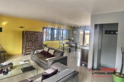 Vente villa Port Vendres • <span class='offer-area-number'>111</span> m² environ • <span class='offer-rooms-number'>5</span> pièces