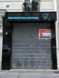 Location commerce Paris 11 • <span class='offer-area-number'>60</span> m² environ