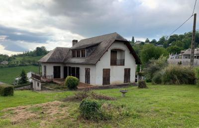 Vente maison Bagneres de Bigorre • <span class='offer-area-number'>200</span> m² environ • <span class='offer-rooms-number'>8</span> pièces