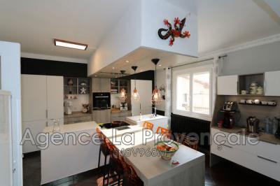 Vente villa Le Teil • <span class='offer-area-number'>273</span> m² environ • <span class='offer-rooms-number'>6</span> pièces
