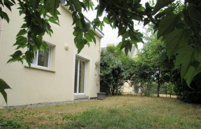 Vente maison Donges • <span class='offer-area-number'>82</span> m² environ • <span class='offer-rooms-number'>4</span> pièces