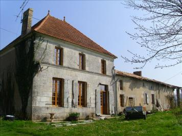 Maison Montendre • <span class='offer-area-number'>200</span> m² environ • <span class='offer-rooms-number'>6</span> pièces