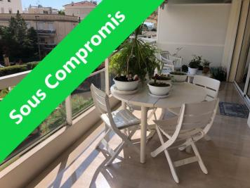 Appartement Cannes • <span class='offer-area-number'>66</span> m² environ • <span class='offer-rooms-number'>3</span> pièces