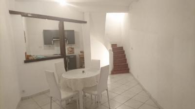 Vente maison Beziers • <span class='offer-area-number'>70</span> m² environ • <span class='offer-rooms-number'>3</span> pièces