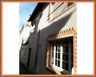 Vente maison La Chartre sur le Loir • <span class='offer-area-number'>80</span> m² environ • <span class='offer-rooms-number'>5</span> pièces