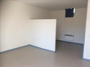 Location appartement Tarbes • <span class='offer-area-number'>41</span> m² environ • <span class='offer-rooms-number'>1</span> pièce