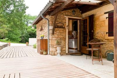Vente maison Sarlat la Caneda • <span class='offer-area-number'>363</span> m² environ • <span class='offer-rooms-number'>13</span> pièces