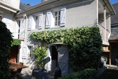 Vente villa Arreau • <span class='offer-area-number'>307</span> m² environ • <span class='offer-rooms-number'>7</span> pièces