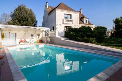 Vente propriété Tournan en Brie • <span class='offer-area-number'>232</span> m² environ • <span class='offer-rooms-number'>8</span> pièces