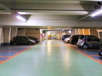 Parking Paris 06 • <span class='offer-area-number'>11</span> m² environ