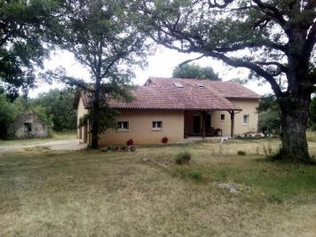 Vente maison St Cere • <span class='offer-area-number'>166</span> m² environ • <span class='offer-rooms-number'>6</span> pièces