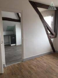 Appartement Pont sur Yonne • <span class='offer-area-number'>30</span> m² environ • <span class='offer-rooms-number'>2</span> pièces