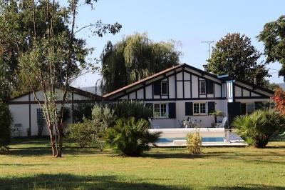 Villa Puyoo • <span class='offer-area-number'>150</span> m² environ • <span class='offer-rooms-number'>5</span> pièces