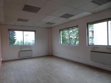 Vente bureau La Motte Servolex • <span class='offer-area-number'>165</span> m² environ