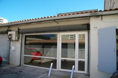 Location commerce Toulon • <span class='offer-area-number'>80</span> m² environ • <span class='offer-rooms-number'>2</span> pièces
