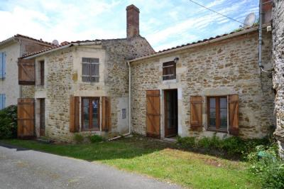 Achat maison Ste Hermine • <span class='offer-area-number'>136</span> m² environ • <span class='offer-rooms-number'>3</span> pièces