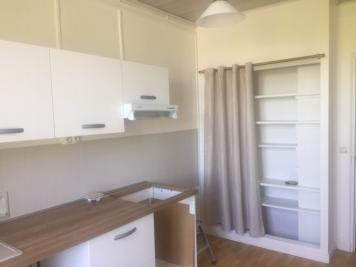 Vente immeuble Yerres • <span class='offer-area-number'>169</span> m² environ