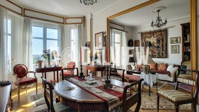 Appartement Cannes • <span class='offer-area-number'>104</span> m² environ • <span class='offer-rooms-number'>3</span> pièces