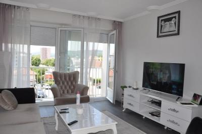 Vente appartement Oyonnax • <span class='offer-area-number'>65</span> m² environ • <span class='offer-rooms-number'>3</span> pièces