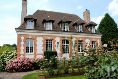 Achat château Rouen • <span class='offer-area-number'>350</span> m² environ • <span class='offer-rooms-number'>7</span> pièces
