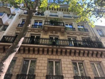 Appartement Paris 16 • <span class='offer-area-number'>101</span> m² environ • <span class='offer-rooms-number'>4</span> pièces