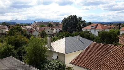Vente appartement Tarbes • <span class='offer-area-number'>60</span> m² environ • <span class='offer-rooms-number'>4</span> pièces