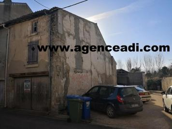 Vente parking La Mothe St Heray • <span class='offer-area-number'>22</span> m² environ