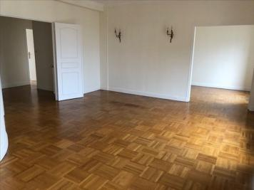 Location appartement Versailles • <span class='offer-area-number'>81</span> m² environ • <span class='offer-rooms-number'>4</span> pièces