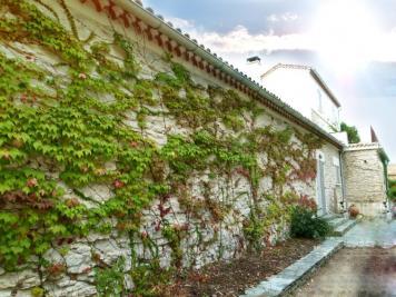 Vente maison St Florent • <span class='offer-area-number'>336</span> m² environ • <span class='offer-rooms-number'>8</span> pièces