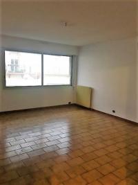 Appartement Perpignan • <span class='offer-area-number'>75</span> m² environ • <span class='offer-rooms-number'>3</span> pièces
