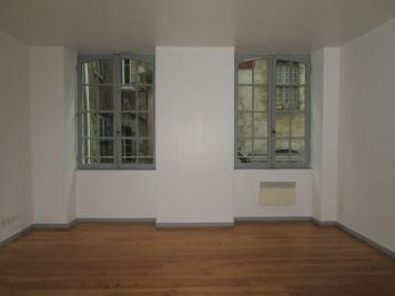 Location appartement Bayonne • <span class='offer-area-number'>45</span> m² environ • <span class='offer-rooms-number'>1</span> pièce
