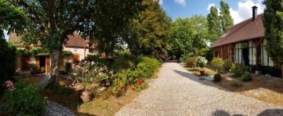 Vente propriété Mur de Sologne • <span class='offer-area-number'>243</span> m² environ • <span class='offer-rooms-number'>11</span> pièces
