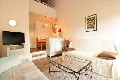 Vente appartement St Cyprien • <span class='offer-area-number'>38</span> m² environ • <span class='offer-rooms-number'>2</span> pièces
