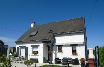 Vente maison Ploermel • <span class='offer-area-number'>120</span> m² environ • <span class='offer-rooms-number'>5</span> pièces