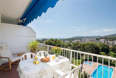 Vente appartement Antibes • <span class='offer-area-number'>47</span> m² environ • <span class='offer-rooms-number'>2</span> pièces