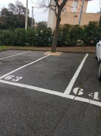 Parking Marseille 12 &bull; <span class='offer-area-number'>10</span> m² environ