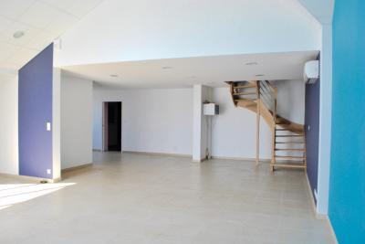 Vente maison Ancenis • <span class='offer-area-number'>149</span> m² environ • <span class='offer-rooms-number'>5</span> pièces