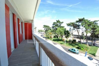 Vente appartement Royan • <span class='offer-area-number'>83</span> m² environ • <span class='offer-rooms-number'>3</span> pièces
