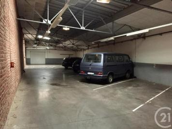 Achat parking Lille • <span class='offer-area-number'>467</span> m² environ