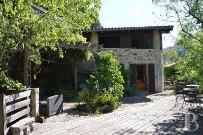 Achat maison Tournon sur Rhone • <span class='offer-area-number'>140</span> m² environ • <span class='offer-rooms-number'>8</span> pièces