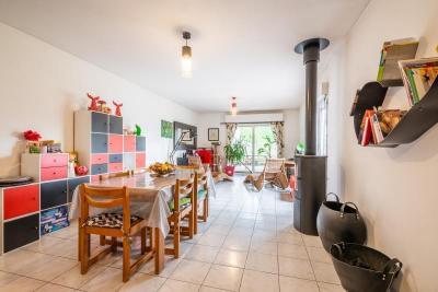 Maison Arras &bull; <span class='offer-area-number'>206</span> m² environ &bull; <span class='offer-rooms-number'>9</span> pièces