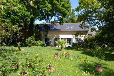 Vente maison Rennes • <span class='offer-area-number'>177</span> m² environ • <span class='offer-rooms-number'>5</span> pièces