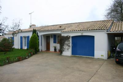 Villa Martinet • <span class='offer-rooms-number'>5</span> pièces
